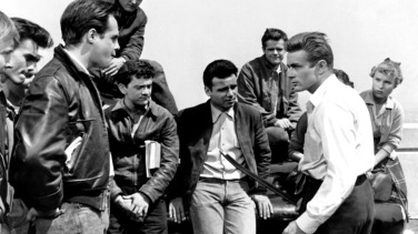 REBEL WITHOUT A CAUSE, first, third, fourth, sixth, eighth and ninth from left: Nick Adams, Corey Allen, Dennis Hopper, Frank Mazzola, James Dean, Beverly Long, 1955